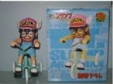 arale anime figure